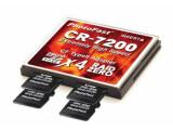 Bild: Die Serienversion der Photofast CR-7200 verfügt über kleine Einbuchtungen zum Hereindrücken und Herausholen der microSD- oder microSDHC-Karten.