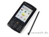 Bild: Das Sony Ericsson W960i samt Touchscreen und Stylus.