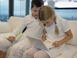 Bild: Auch für Kinder: Verschiedene Lern- und Spielprogramme sind bereits vorinstalliert. Erwachsene freuen sich eher über das OpenOffice-Paket.