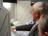 Bild: Die Wahlcomputer sind umstritten.