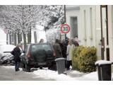 Bild: Türbruch: Rein zufällig war auch ein Kamera-Team vor Ort