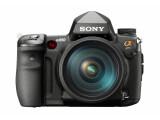 Bild: Sonys neue Vollformat-Kamera für Edelamateure in der Frontansicht.