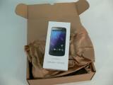 Bild: Lange mussten wir darauf warten, endlich ist das Galaxy Nexus in der Redaktion eingetroffen. (Bild: netzwelt)