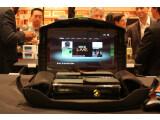 Bild: Mit dem Gaems G155 können Spieler überall mit ihrer Konsole zocken. (Bild: netzwelt)