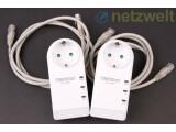 Bild: Zwei Ethernet-Kabel liegen bei, außerdem in der Packung: Eine Anleitung in Papierform, eine CD mit Powerline-Software und Handbüchern. (Bild: netzwelt)