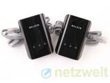 Bild: Wie andere Hersteller von Powerline-Geräten legt auch Belkin Ethernet-Kabel zur Vernetzung bei. Eine Installationsanleitung gibt es nur auf CD oder im Web auf der Belkin-Seite. (Bild: netzwelt)