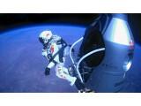 Bild: Felix Baumgartner springt aus der Gondel in 39.045 Metern Höhe. (Bild: Joerg Mitter, Predrag Vuckovic, Balazs Gardi, Stefan Aufschnaiter/Red Bull Stratos)