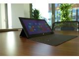 Bild: Bei 880 Euro geht es los - Microsofts Surface Pro 2 kommt allerdings ohne das abgebildete Touch Cover 2 ins Haus. (Bild: netzwelt)
