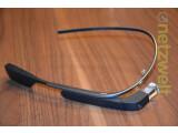 Bild: Die gesamte Hardware der Google Glass befindet sich im rechten Bügel. (Bild: netzwelt)