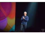 Bild: Tim Cook eröffnet die Entwicklerkonferenz WWDC.