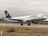 Bild: Airbus A320 im Einsatz der Lufthansa: Die Fluggesellschaft wird von der Pilotenvereinigung Cockpit bestreikt  - das führt zu Ausfällen.