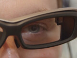 Bild: Sonys SmartEyeglass sieht gewöhnungsbedürftig aus.
