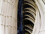Bild: Ausbau der Infrastruktur: Kabel Deutschland bietet ab sofort Internetleitungen mit bis zu 200 Megabit pro Sekunde im Download.