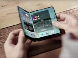 Bild: Schon auf der CES 2013 träumte Samsung von einem Smartphone mit faltbarem Display.