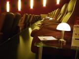 Bild: Amazon pirscht sich ins Kino: Bis zu zwölf Spielfilme will der Online-Versandhändler pro Jahr produzieren.
