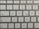 Bild: Nach dem Umstieg von Windows auf den Mac sorgt nicht nur das Tastaturlayout von Apple für Verwirrung. Auch Shortcuts müssen neu erlernt werden.