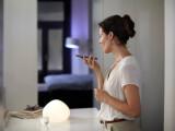 Bild: Mit dem iPhone das Licht steuern: Philips Hue unterstützt jetzt Apples HomeKit.