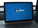 Bild: Der Informatik-Student Alex King installierte eine Vorab-Version von Windows 10 auf dem neuen MacBook und ist von der Leistung angetan.