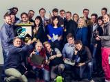 Bild: Das gesamte netzwelt-Team, auch die nicht abgebildeten wünschen euch frohe Weihnachten!