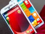 Bild: Das Moto G erhält ein Update auf Android 5.0.2.