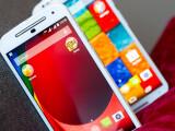 Bild: Das Moto G (vorne) und das Moto X (hinten) der zweiten Generation sind die ersten Smartphones, die ein Update auf Android 5.0 Lollipop erhalten.