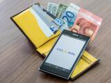 """Bild: Die Stiftung Warentest widmet sich in der aktuellen Ausgabe der """"Finanztest"""" der Benutzerfreundlichkeit und Sicherheit von Online-Banking-Apps."""