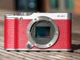 Bild: Einsteiger-Systemkameras bieten die Möglichkeit verschiedene Objektive anzuschließen.