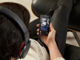 Bild: Der ZX2 überträgt wahlweise Musik auch via Bluetooth.