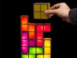Bild: Klötzen für Klötzchen zur Tetris-Lampe. Preislich liegt das Produkt bei 40 Euro.