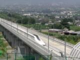 Bild: Seine Höchstgeschwindigkeit von knapp über 600 km/h erreichte der Magnetschwebezug im Tunnel.