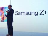 Bild: Manu Sharma, Samsungs indischer Produktmarketing-Chef, stellte der Öffentlichkeit das Z1 vor.