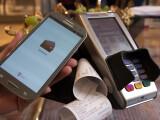 Bild: Die MyWallet-App der Deutschen Telekom macht sich die NFC-Technologie zunutze und ermöglicht kontaktloses Zahlen an Kartenterminals.