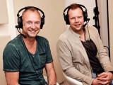 Bild: Frank Buschmann (links) und Wolff-Christoph Fuss (rechts) bilden das Kommentatoren-Duo in Fifa 16.