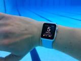 Bild: Apple Watch unter Wasser: Die Entwickler von Active in Time loben die gute Ablesbarkeit des Displays unter Wasser. Selbst mit Schwimmbrille sei dies locker möglich.