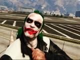 """Bild: Trevor: """"Ich bin der wahre Joker."""""""