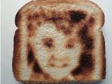 """Bild: Der """"Selfie Toaster"""" macht euch zum Star auf dem Frühstückstisch."""