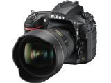 Bild: Die Nikon D810A ist mit einem Infrarot-Sperrfilter ausgestattet und somit speziell für die Astrofotografie modifiziert worden.