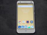 Bild: Das ZTE Blade S6 erscheint mit Android 5.0 Lollipop.