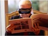 Bild: Die eSight-Brille soll es erblindeten ermöglichen wieder zu sehen.
