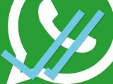 Bild: Wenn eine WhatsApp Nachricht vom Empfänger gelesen wurde färben sich die grauen Haken blau. Dann weiß der Absender, dass der Empfänger die Nachricht gelesen hat.