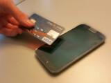 Bild: Das Sicherheitsproblem betreffe vorerst nur NFC-fähige Kreditkarten von Visa.
