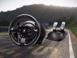 Bild: Die folgenden Lenkräder sind mit der PS4-, Xbox One- und PC-Version von Project CARS kompatibel.