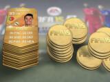 Bild: FIFA 15 Ultimate Team: Für Spieler wie Ronaldo müsst ihr ordentlich Münzen blechen.