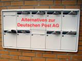 Bild: Briefe und Pakete müssen nicht zwangsläufig mit der Deutschen Post versendet werden.
