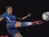 Bild: In FIFA 16 wird es erstmalig Frauenmannschaften geben.