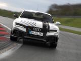 Bild: Ganz ohne Fahrer: Audi schickt den RS 7 ohne Fahrer über den Hockenheimring.