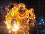 Bild: Mit dem Flammenhammer richtet ihr mächtig Schaden an.