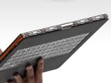 Bild: Prunkstück des Lenovo Yoga 3 Pro ist die Scharniervorrichtung aus 800 Teilen.