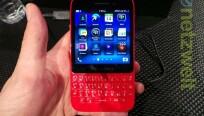 Das BlackBerry Q5 gibt es auch in leuchtenden...