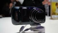 Auf den ersten Blick sieht Samsungs Galaxy S4...